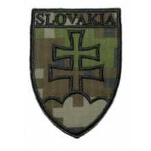 "Nášivka ""SLOVAKIA znak"" 8,5x6cm – digital woodland"