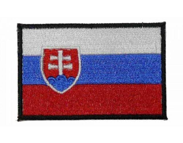 """Nášivka """"SVK"""" vlajka – čierny rámček"""
